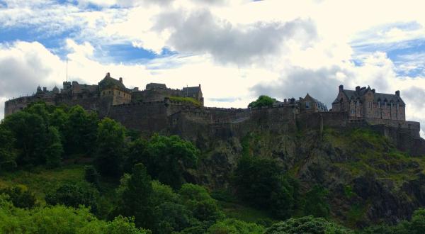 edinburgh-castle-scotland-taken-8-6-16-by-ff