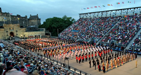 Scotland a night to remember at the royal edinburgh for Royal edinburgh military tattoo