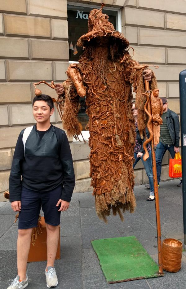statue-national-museum-of-scotland-edinburgh-taken-8-6-16-by-ff
